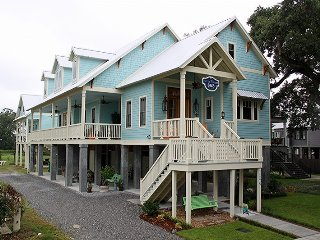 Beautiful Bed and Breakfast with Deck and Television - Mandeville vacation rentals