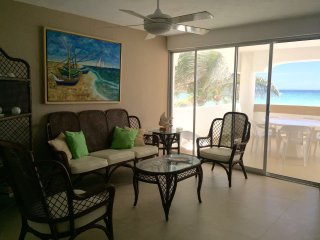 Amazing apartment at the beach - Chicxulub vacation rentals