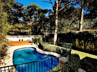 Lovely House with Deck and Washing Machine - Paddington vacation rentals