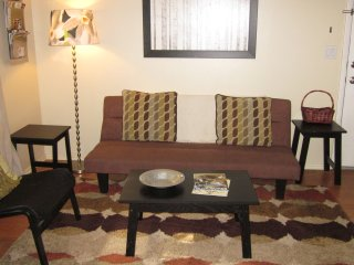 2Bed/1Ba Spiffy'n Chic Just 2 mi to downtown! - Salt Lake City vacation rentals