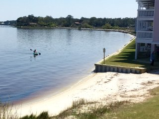 BayFront Townhome~ 2 BD, Sleeps 6, Pool, 10 min. to Beach, Fishing, Kayaks incl. - Perdido Key vacation rentals