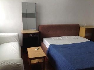 Middle room at no43 jalan ss22/20A Damansara jaya - Petaling Jaya vacation rentals