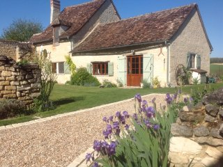 Beautiful converted barn in stunning countryside - Chaumussay vacation rentals