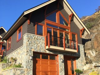 Bear Mountains Quails Run Retreat - Victoria vacation rentals