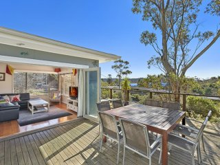 Bright 3 bedroom Vacation Rental in Avoca Beach - Avoca Beach vacation rentals