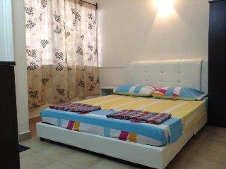 Romantic 1 bedroom Condo in Petaling District - Petaling District vacation rentals