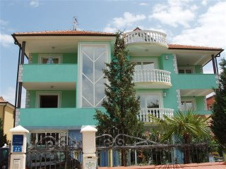 Romantic 1 bedroom Umag Apartment with Television - Umag vacation rentals
