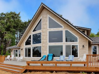 Nice 4 bedroom Moclips House with Deck - Moclips vacation rentals