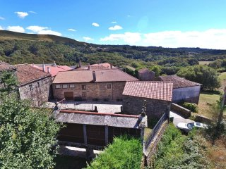 Peaceful rural stone house in countryside - Forcarei vacation rentals