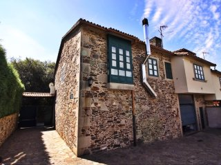 "Lovely stone house on ""the way of St. James of Compostela"" - Santiago de Compostela vacation rentals"