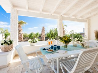 Villa Dei Cigni Casa Vacanza A Pantanagianni - Specchiolla vacation rentals