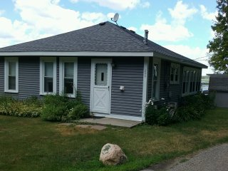 Nice 2 bedroom House in East Tawas - East Tawas vacation rentals