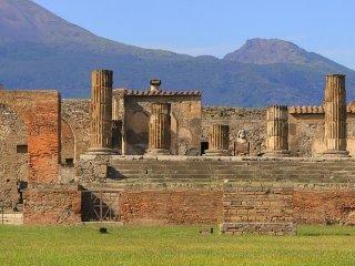 VILLA MAGIOLA - BACCO - Pompeii vacation rentals