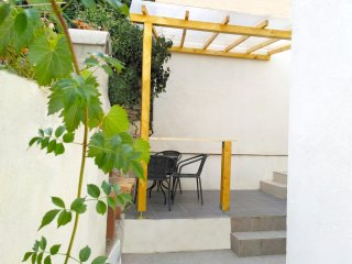 Studio apartment in center of Split - Split vacation rentals