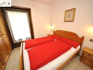 Bright 2 bedroom Livigno Condo with Satellite Or Cable TV - Livigno vacation rentals