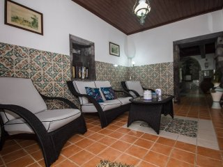 Bright 2 bedroom Nordeste Guest house with Washing Machine - Nordeste vacation rentals