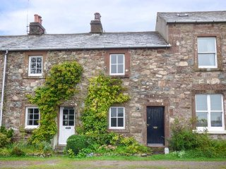 ROSE'S COTTAGE, woodburning stove, lawned garden, traditional features, Santon - Santon Bridge vacation rentals