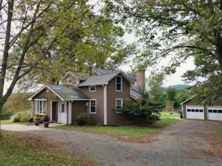 Echo Valley Farms by the Shenandoah National Park - Stanardsville vacation rentals