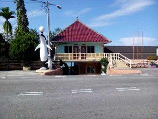 35 bedroom Chalet with Internet Access in Kuala Sungai Baru - Kuala Sungai Baru vacation rentals