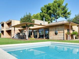 Luxury in nature - Aix-en-Provence vacation rentals
