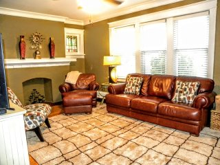 Safe and clean! Easy Downtown access! - Saint Louis vacation rentals