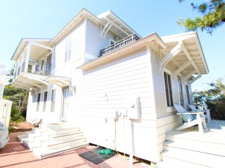 Wonderful 3 bedroom House in Rosemary Beach with Deck - Rosemary Beach vacation rentals