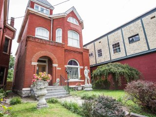 Majestic Victorian 9B Best Location - Louisville vacation rentals