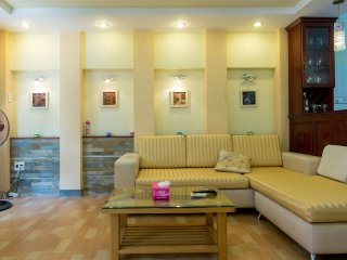 Clean, Convenient 4 in Ho Chi Minh City by Airport - Ho Chi Minh City vacation rentals