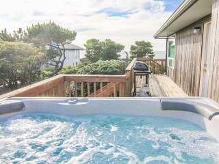 Ocean View Roads End Home with Hot Tub - Lincoln City vacation rentals