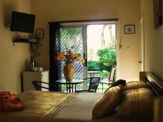 Scullywags  Hunter Valley Oasis Bed and Breakfast - Branxton vacation rentals