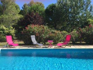Ruime villa met groot zwembad nabij Uzès en Nîmes - Saint-Chaptes vacation rentals