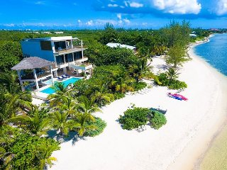 """Nirvana,"" a Luxury Cayman Villas Property - 20% OFF NEW RENTAL DISCOUNT ! - George Town vacation rentals"