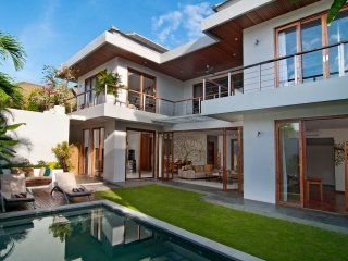 Casa Cinta 1,Luxury 3BR Villa,Batu Belig,Seminyak - Seminyak vacation rentals