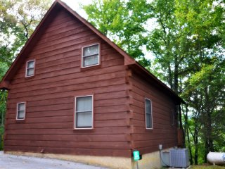 Lovers Delight in the Pigeon Forge Area - Pigeon Forge vacation rentals