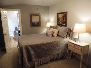 The Oaks on Main - Fredericksburg vacation rentals
