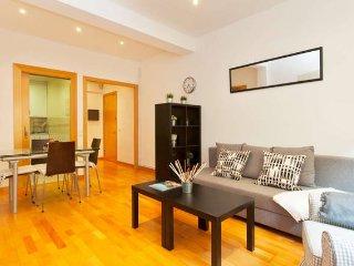 Nuevo apartamento Paseo de Gracia - Barcelona vacation rentals