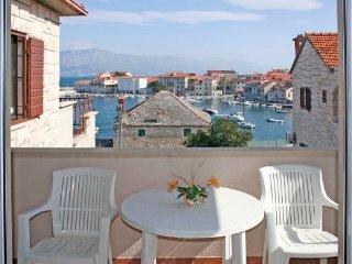 1 bedroom Apartment with Balcony in Postira - Postira vacation rentals