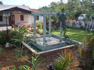 Comfortable 3 bedroom Sakleshpur Farmhouse Barn with Deck - Sakleshpur vacation rentals