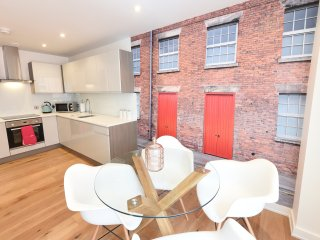 4E Norther Quarter, 2 Bed, Sleeps 6 - Manchester vacation rentals