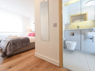 10E Northern Quarter, 2 Bed, Sleeps 6 - Manchester vacation rentals