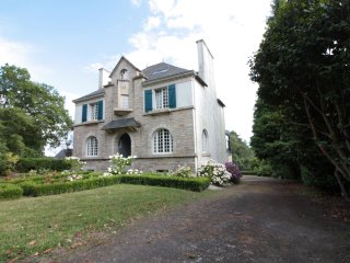 Nice House with Internet Access and Wireless Internet - Rochefort en Terre vacation rentals