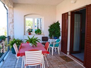 Gorgeous 2 bedroom Apartment in Postira - Postira vacation rentals