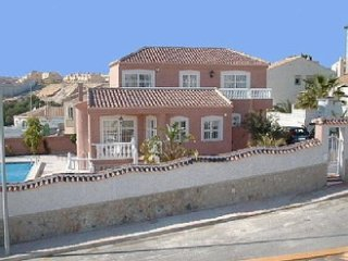 Large 4 Bed Villa + XL Private Pool + Wi-Fi + BBQ - Villamartin vacation rentals