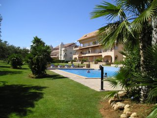 Golf Panoramica - overlooking pool & 16th tee - Vinaros vacation rentals