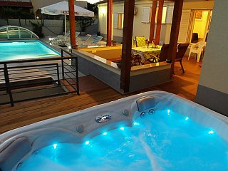 VILLA WITH JACUZZI AND POOL IN THE CENTER OF ZADAR - Zadar vacation rentals