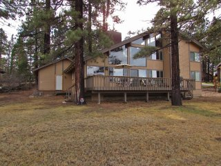 4 bedroom House with Fireplace in City of Big Bear Lake - City of Big Bear Lake vacation rentals