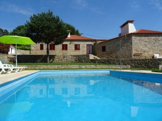 Bright 4 bedroom Barcelos Villa with Swing Set - Barcelos vacation rentals