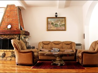 Cozy 3 bedroom Condo in Mostar - Mostar vacation rentals