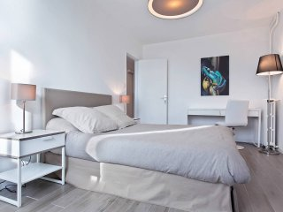 Appartement T2 Design Metro st Cyprien Toulouse - Toulouse vacation rentals