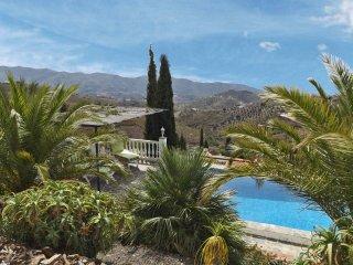 Casa Horno Arriba - relaxing villa, fantastic view - Canillas de Aceituno vacation rentals